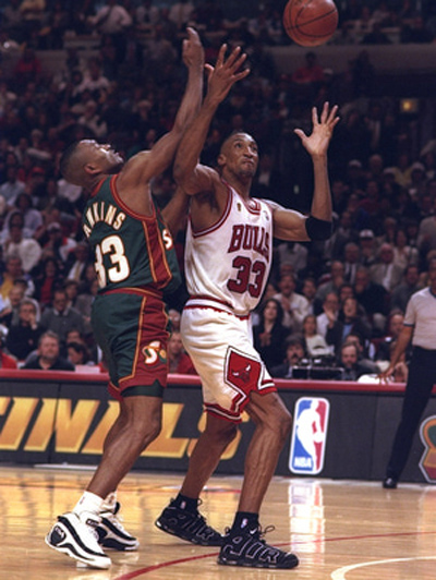 Scottie-pippen-nike-air-more-uptempo.jpg
