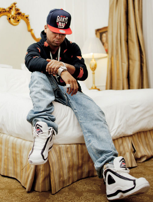 Juelz-Santana-in-the-Fila-96-White-Navy-Red.jpg