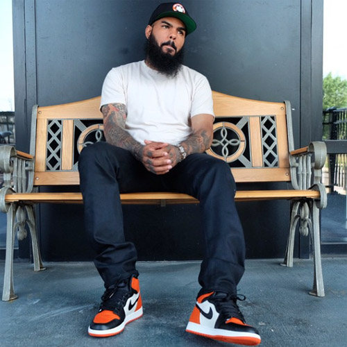 stalley-air-jordan-1-shattered-backboardsのコピー.jpg
