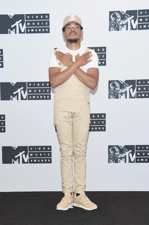 Chance-the-Rapper-wearing-NikeLab-Air-Max-1-Royal-Sneakers-Shoes-at-2016-MTV-Video-Music-Awards-Ask-Allen.jpg