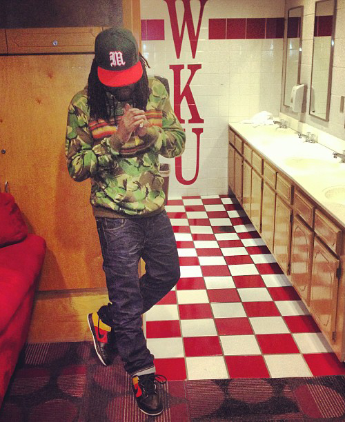 Wale-in-the-Nike-SB-Dunk-Low-Rayguns.jpg