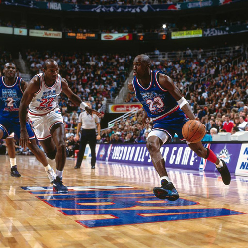 michael-jordan-aqua-air-jordan-8-1993-all-star-game-1.jpg