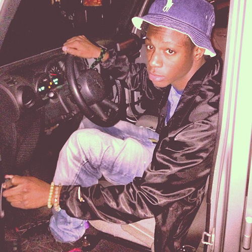 Joey-Bada-in-the-Air-Jordan-7-Raptor.jpg
