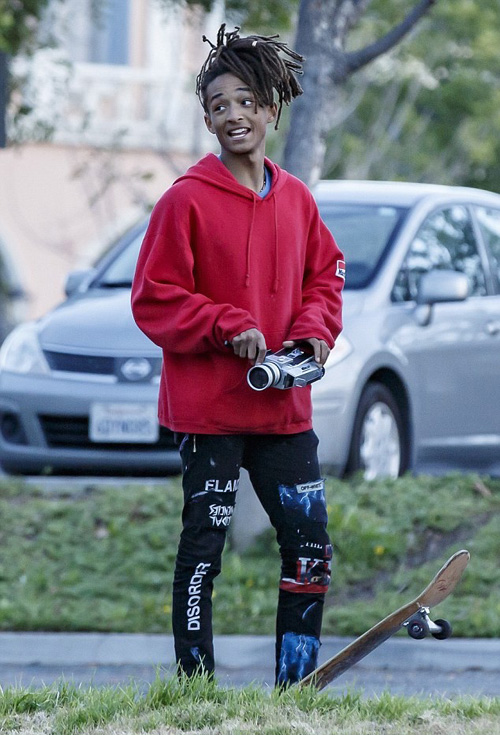 Jaden-Smith-Off-White-jeans-Vans-sneakers-1.jpg
