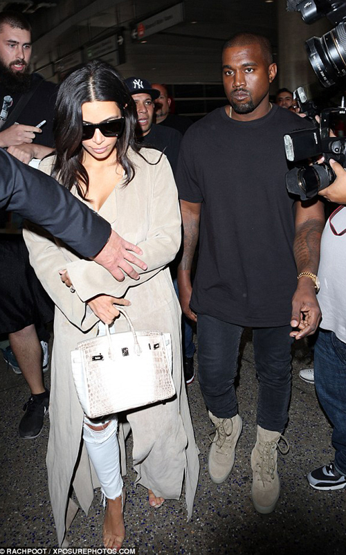 kanye-west-yeezy-season-crepe-boot.jpg