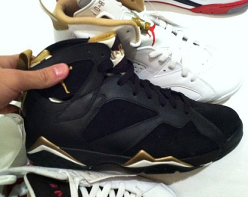 air-jordan-7-gold-medal-black-gold-e1329859806272.jpg