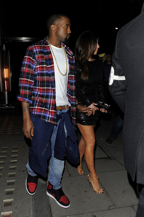 Kim+and+Kanye+in+Mayfair+HCh6ioCzwK6x.jpg