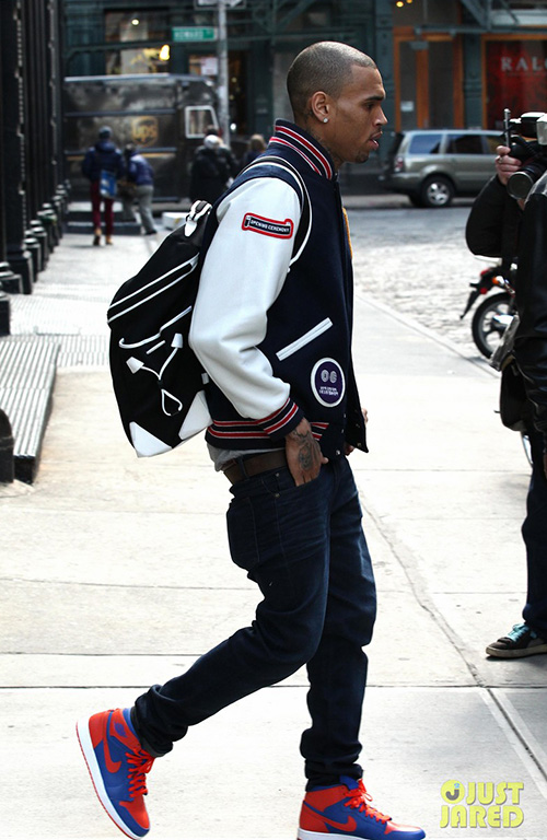Chris-Brown-in-the-Air-Jordan-1-Knicks.jpg