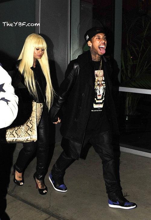 Tyga-in-the-Air-Jordan-1-Black-Royal.jpg