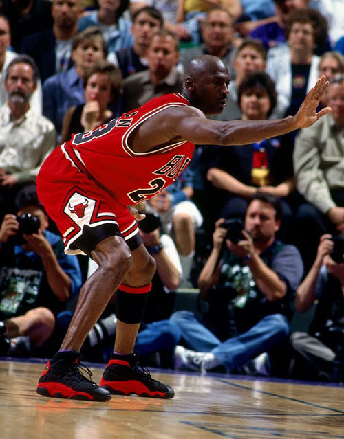 michael-jordan-through-the-years-air-jordan-xiii-bred-04.jpg