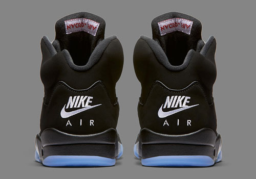 jordan-5-black-metallic-og-2016-2.jpg
