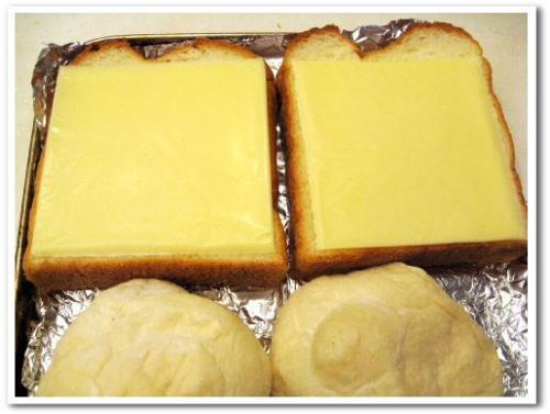大きいスライスチーズ qbb 大きいスライス スライスチーズ 種類 とろけるチーズ 004.jpg
