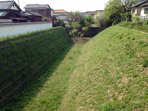 kawagoecastle-hori02.jpg