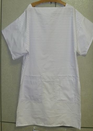 ワイシャツのリメイク・直線裁ち1.jpg