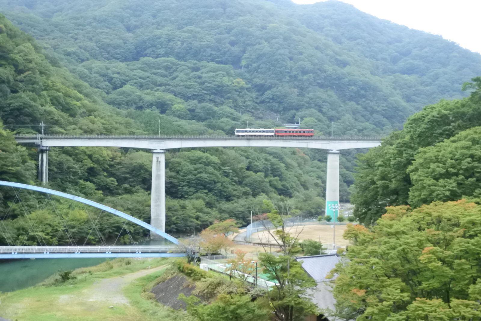 Aizu Railway AT-700 Series and AT-650 Series