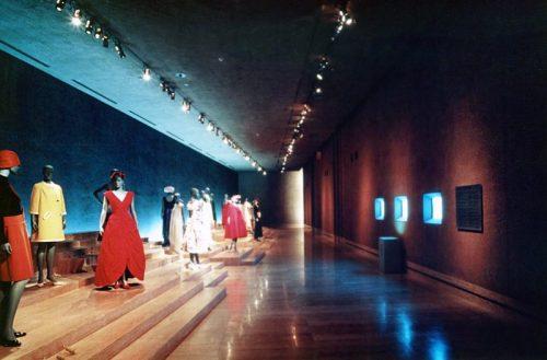 神戸ファッション美術館その1.jpg