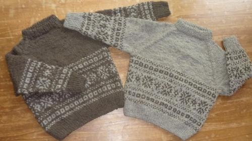 色違いのセーター1.jpg