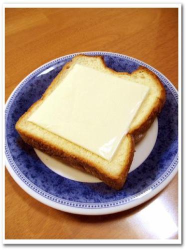 大きいスライスチーズ qbb 大きいスライス スライスチーズ 種類 とろけるチーズ 009.jpg