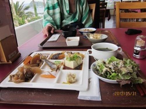 IMG_2405朝食1.jpg