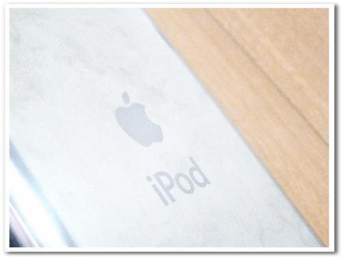 ipod touch 第1世代 MA627J 使い方 画像 16GB 洋服・衣類管理003.jpg