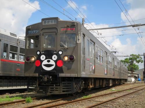 熊本電気鉄道くまモンラッピング列車.jpg