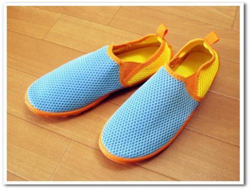 旅行 携帯 スニーカー 運動靴 折りたたみ おすすめ 歩きやすい 痛くない 収納 持ち運び 001.jpg