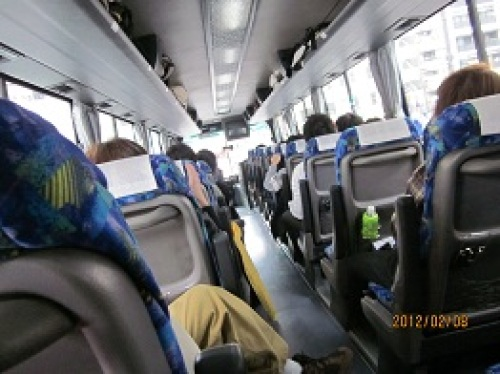 IMG_1659狭いバス.jpg