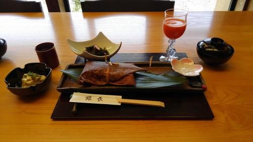 04-16 1.萩の庵にて「鯛の押し寿司」ランチ