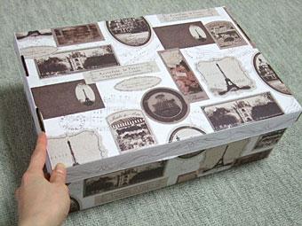 セリアさんで購入した、ペーパー収納ボックス。