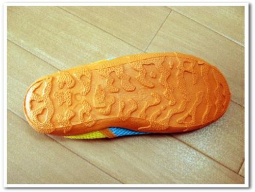 旅行 携帯 スニーカー 運動靴 折りたたみ おすすめ 歩きやすい 痛くない 収納 持ち運び 004.jpg