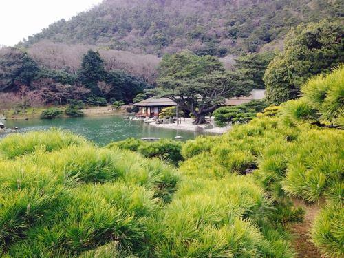 栗林公園・南湖.jpg
