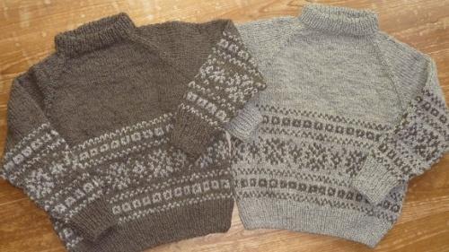 色違いのセーター3.jpg