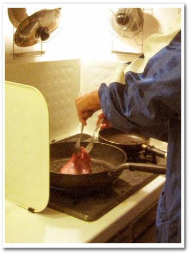 肉を焼く003.jpg