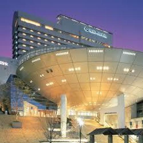 ホテルプラザ神戸と神戸ファッション美術館と神戸ゆかりの美術館.jpg