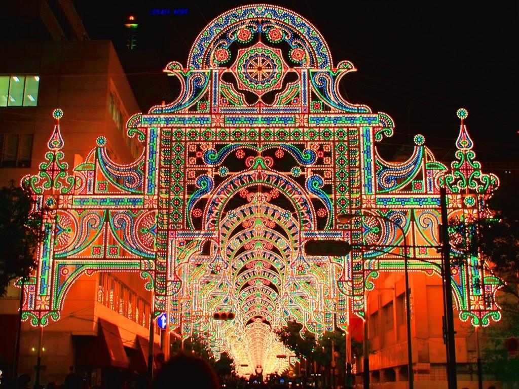 神戸ルミナリエ★2015年から電球の数が1・5倍(29万個)に増えます!★東遊園地エリア拡大です★12月4日(金曜日)から12月13日(日曜日)まで開催