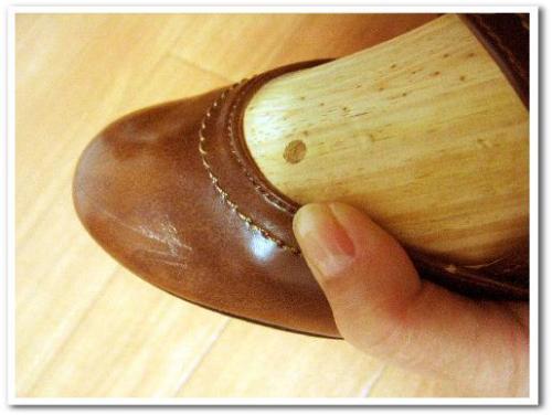 シューズストレッチャー 使い方 効果 口コミ 画像 合わない靴 伸ばす 爪 痛い 修理 009.jpg
