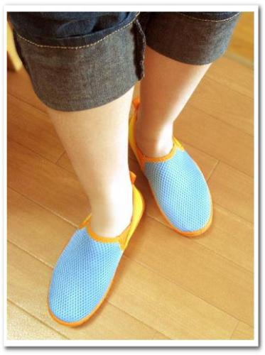 旅行 携帯 スニーカー 運動靴 折りたたみ おすすめ 歩きやすい 痛くない 収納 持ち運び 005.jpg