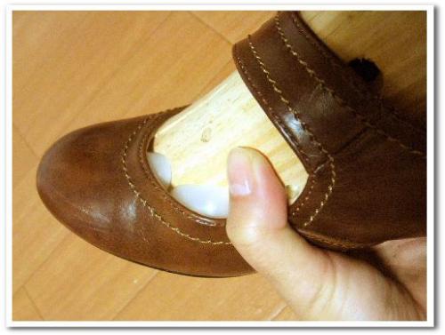 シューズストレッチャー 使い方 効果 口コミ 画像 合わない靴 伸ばす 爪 痛い 修理 008.jpg