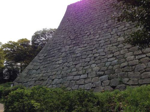 丸亀城・石垣4.jpg