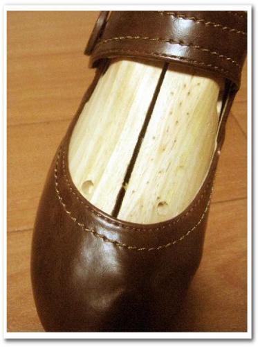 シューズストレッチャー 使い方 効果 口コミ 画像 合わない靴 伸ばす 爪 痛い 修理 013.jpg