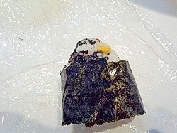 佐賀県有明海苔でコーンわかめ海苔の梅昆布茶おにぎり