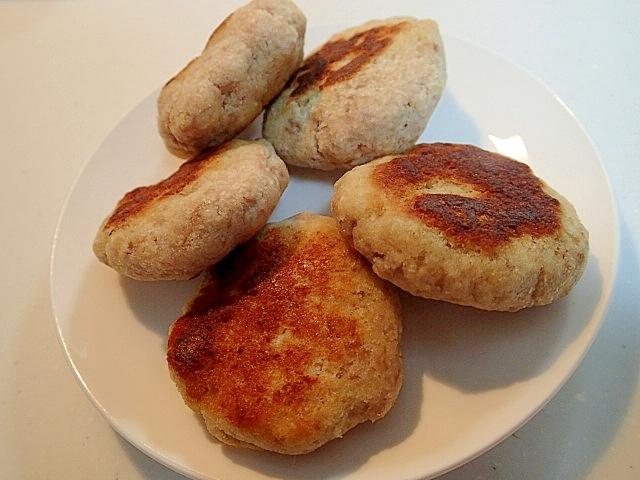 鶏がら塩麹スープの素で 合挽きミンチおからバーグ