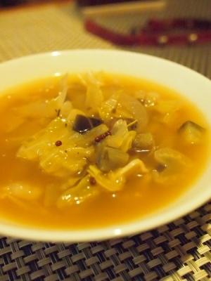 野菜たっぷり★ピクルスの漬け汁ですっぱいスープ