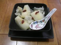 あったか、甘~い 梨と白木耳のスープ