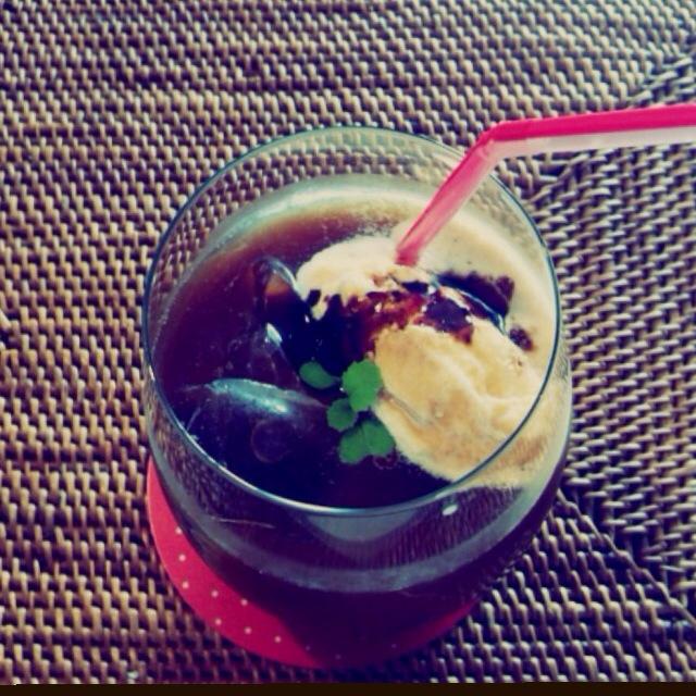 P's亭*自家製アイスコーヒーでコーヒーフロート