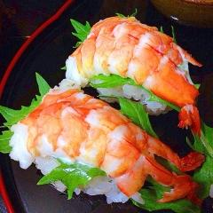 シャキッと水菜とピリッと生七味で海老マヨ寿司