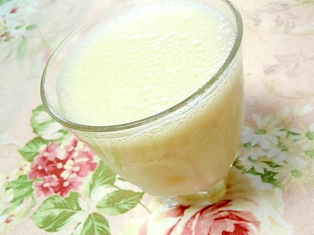 白桃と梨の生姜ヨーグルトシェイク