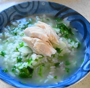 とっても美味しい鶏がらスープの七草がゆ