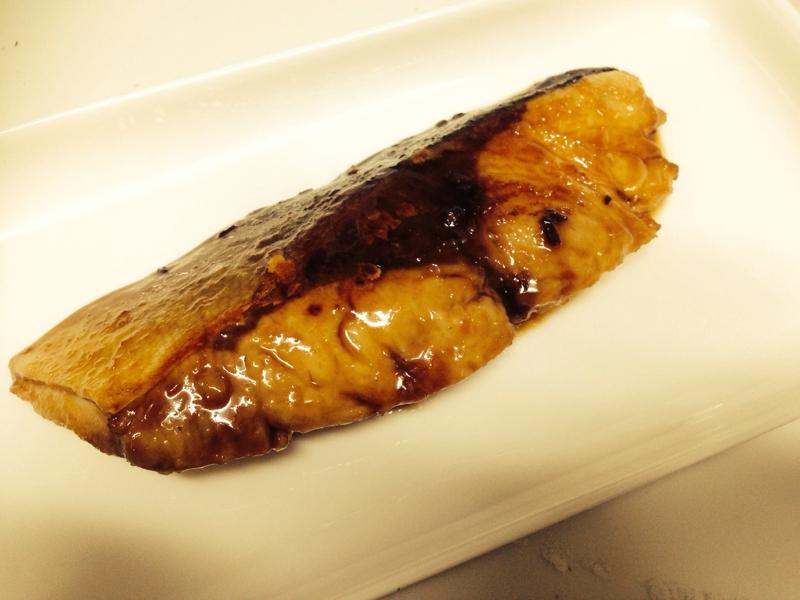 ふっくら美味しい☆ブリのこってり照り焼き!