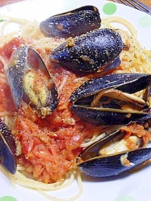 貝の風味 ムール貝のトマトソーススパゲティー